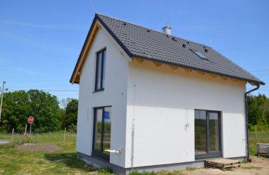 Malý rodinný dům 3+kk v obci Měník