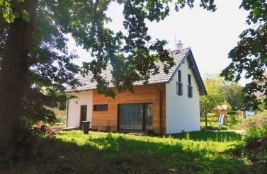Prostorný rodinný dům 5+kk v obci Černilov