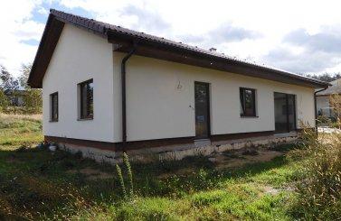 Obdélníkový bungalov 4+kk v obci Zdechovice